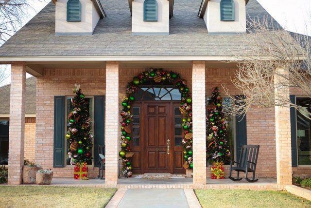 bolas-de-navidad-entrada-casa