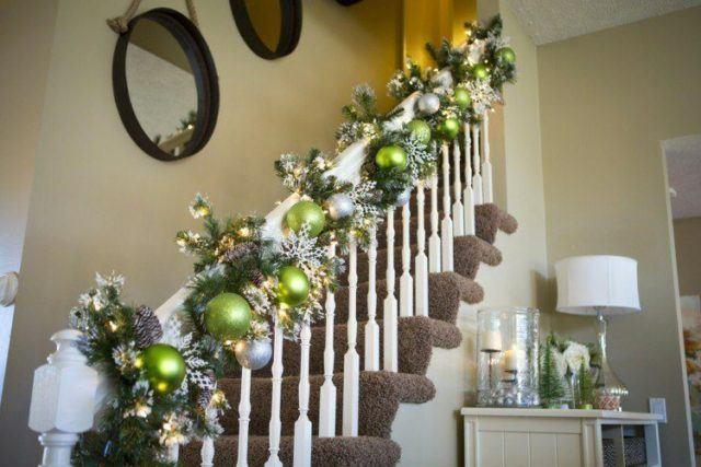bolas-de-navidad-escaleras
