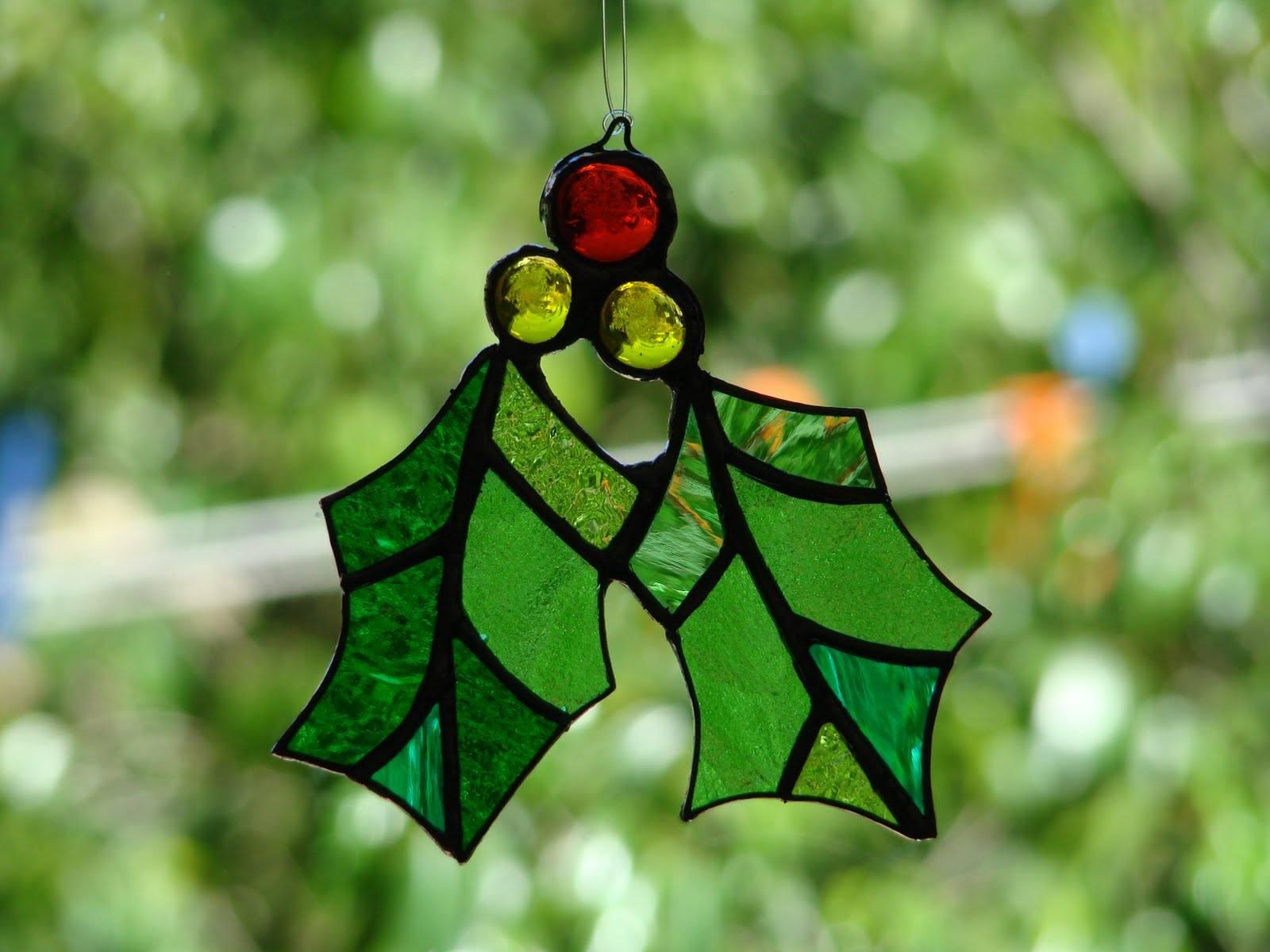 Como hacer adorno vitral para el arbol de navidad - Hacer adornos arbol navidad ...