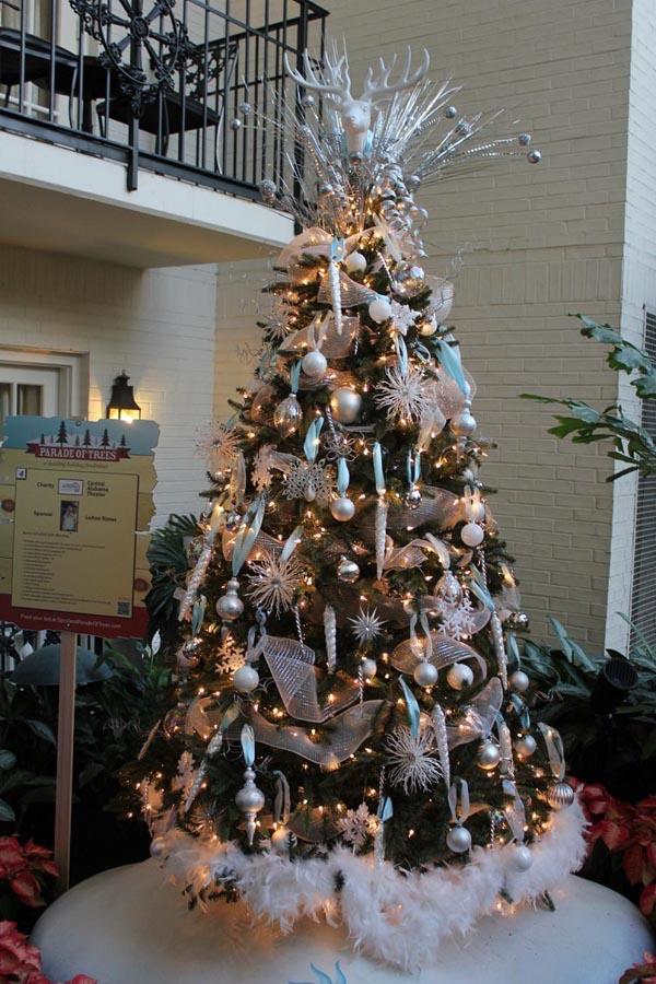 De 150 fotos de decoraci n de rboles de navidad modernos - Arbol tipico de navidad ...