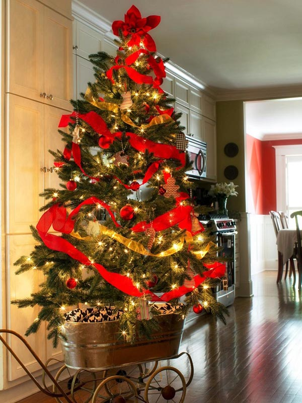 decoracion-de-arboles-de-navidad-carrito-guirnalda-roja