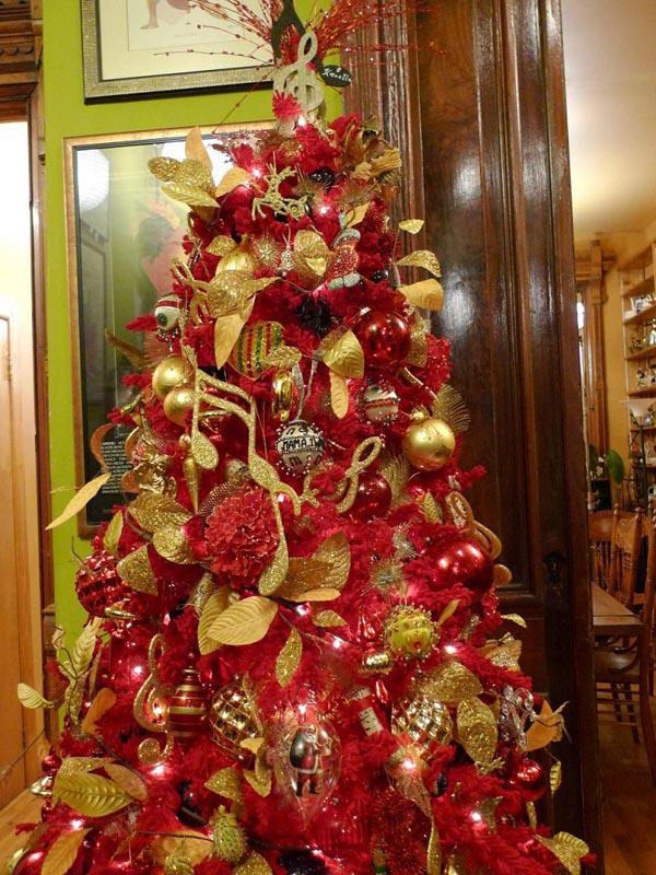 decoracion-de-arboles-de-navidad-color-rojo-oro