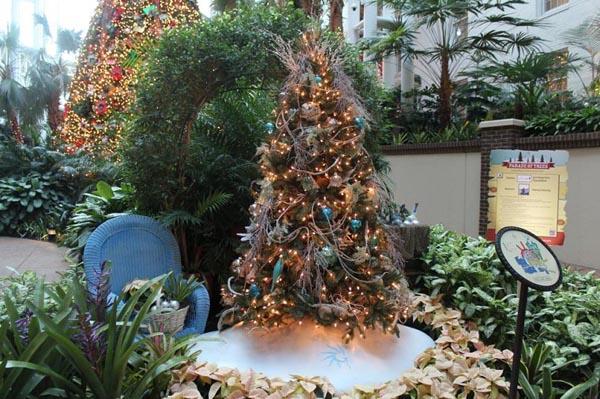 decoracion-de-arboles-de-navidad-exterior-navideno