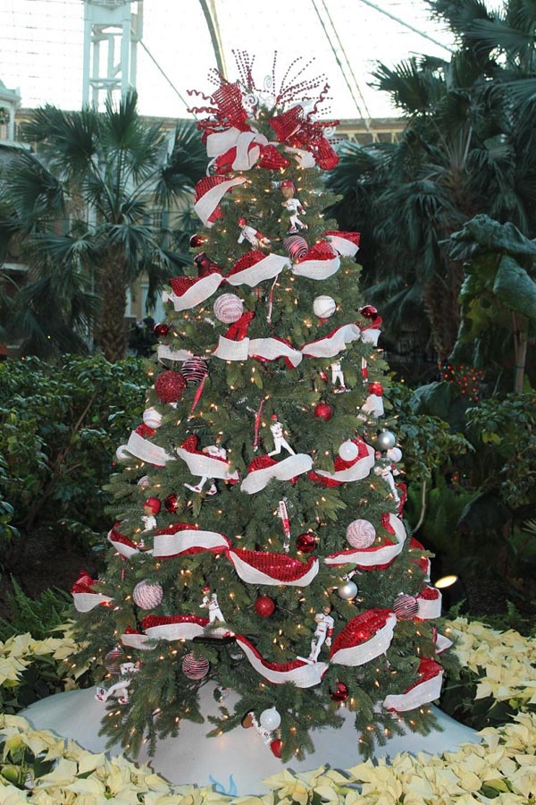 Christmas tree decorations-garland-white-red