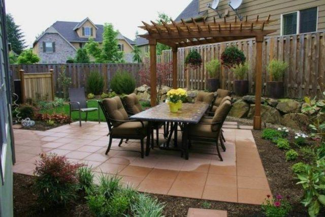 Garden decoration-small-with-pergola