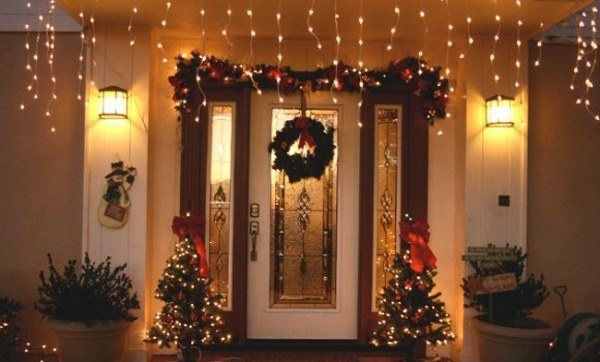 Christmas-decoration-for-doors