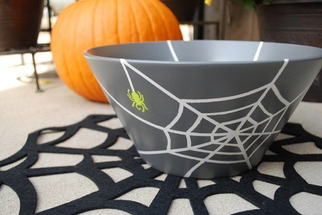 Decoration-halloween-bowl-gray telartana-halloween