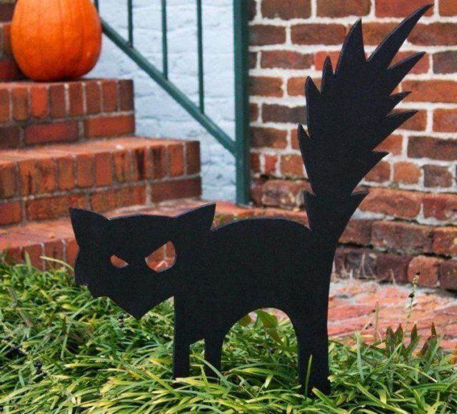 Decoration-halloween-silhouette-cat-black-wood