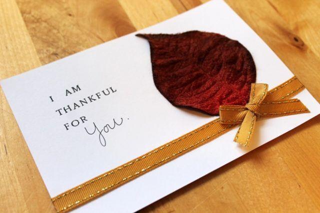 tarjetas-de-accion-de-gracias-con-hoja-y-lazo