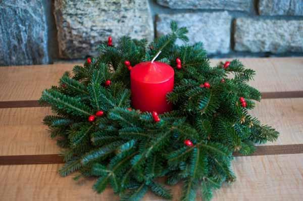 velas-de-navidad-ramas-pino