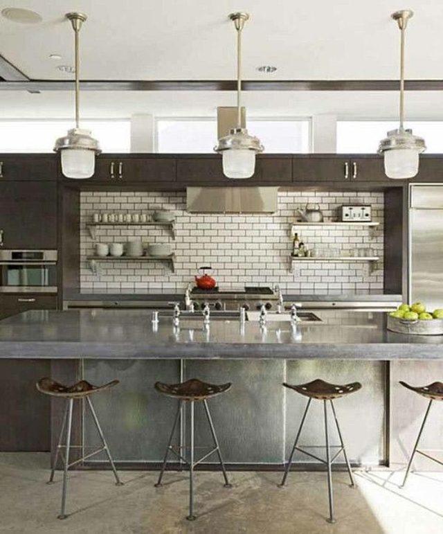 cocina-rustica-cemento-con-azulejos-blancos