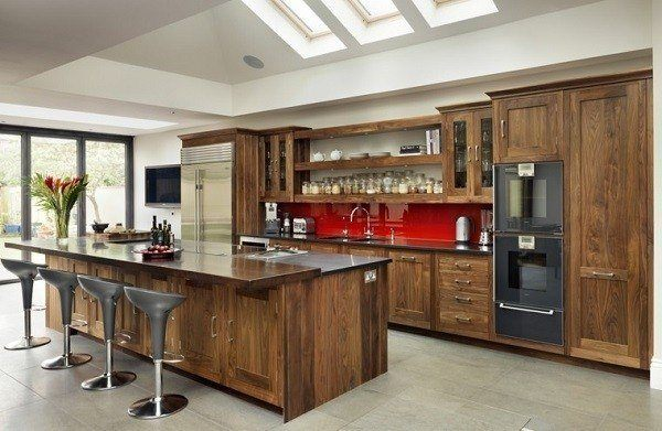 Modern-Italian-wood-laminate kitchens