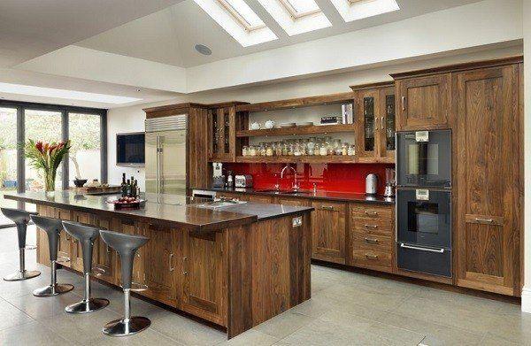 cocinas modernas italianas u diseo con muebles de madera laminada
