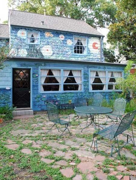 20-fotos-e-ideas-colores-fachadas-casas-exteriores-casa-pintada-de-van-gogh
