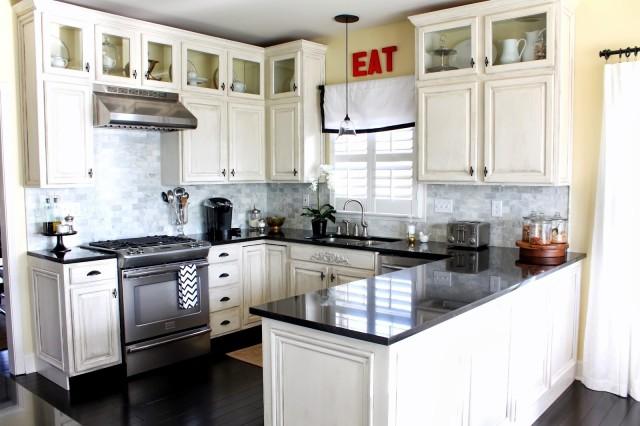 30-fotos-cocinas-decoradas-encanto-cocina-blanca-y-negra