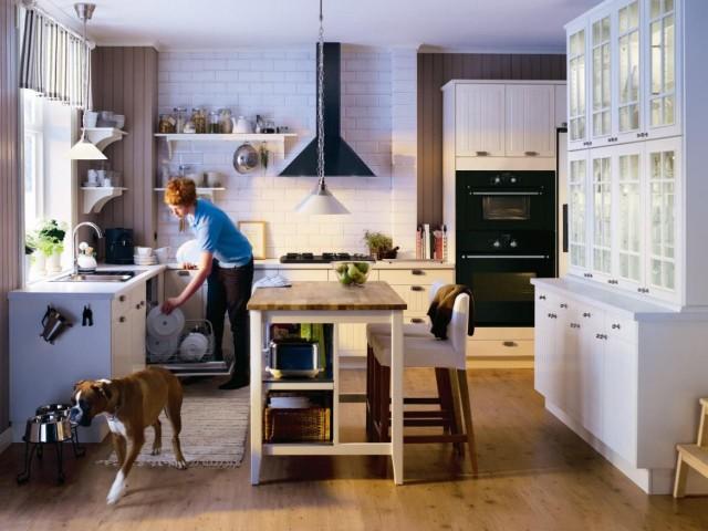 30-fotos-cocinas-decoradas-encanto-cocina-con-vitrina