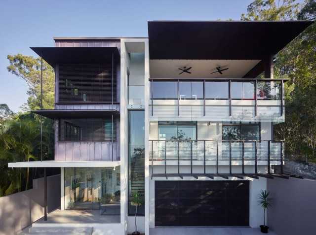 50-photos-facades-houses-more-beautiful-modern-of-the-world-house-of-modern-style-with-several-ceilings-color-white