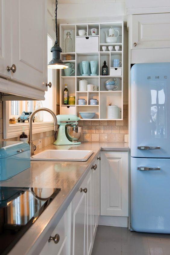 De 30 ideas para decorar una cocina al estilo vintage - Tiradores decorativos ...