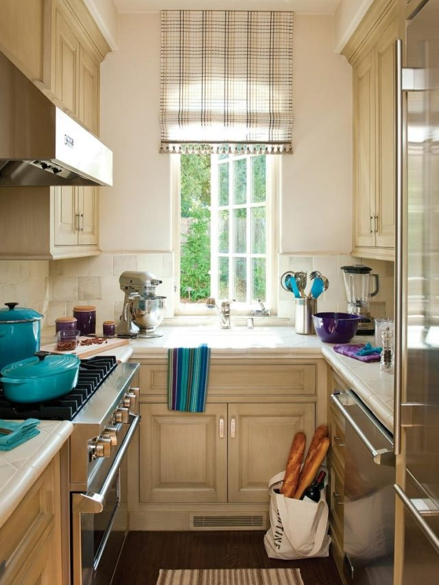 small kitchen-lighting-with-window