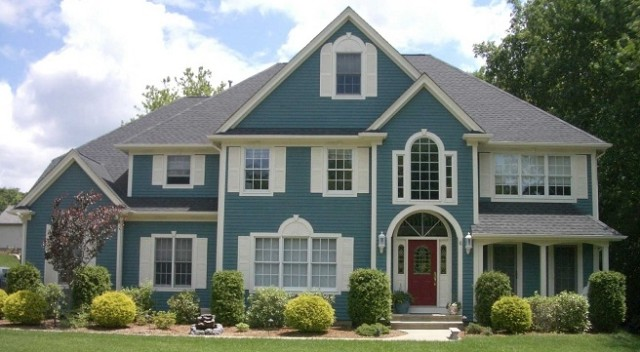 colores-para-las-casas-con-estilo-exterior-combinacion-de-blanco-y-azul