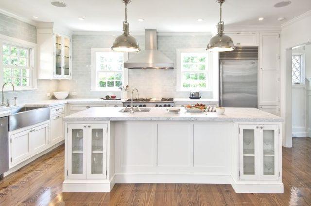 M s de 60 fotos de cocinas decoradas con encanto - Cocina rustica blanca ...