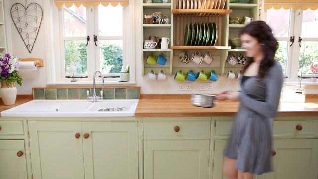 fotos-con-ideas-de-cocinas-de-obra-que-te-van-a-encantar-cocina-con-muebles-en-tono-pastel