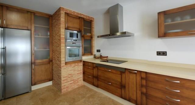 fotos-con-ideas-de-cocinas-de-obra-que-te-van-a-encantar-cocina-de-obra-con-ladrillo-a-la-vista