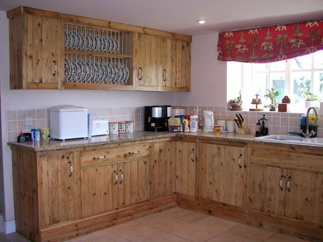 cocina de obra rstica con madera