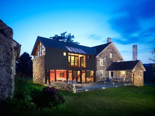 fotos-fachadas-casas-mas-bonitas-modernas-del-mundo-casa-camp-piedra