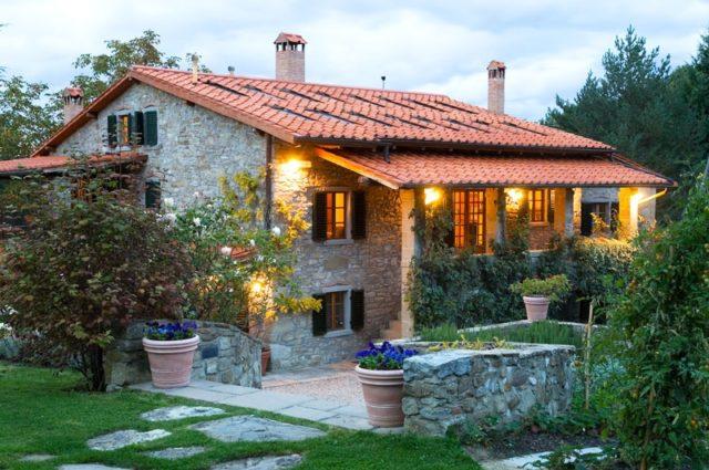 Fotos fachadas casas mas bonitas modernas del mundo casa for Las mejores fachadas de las villas