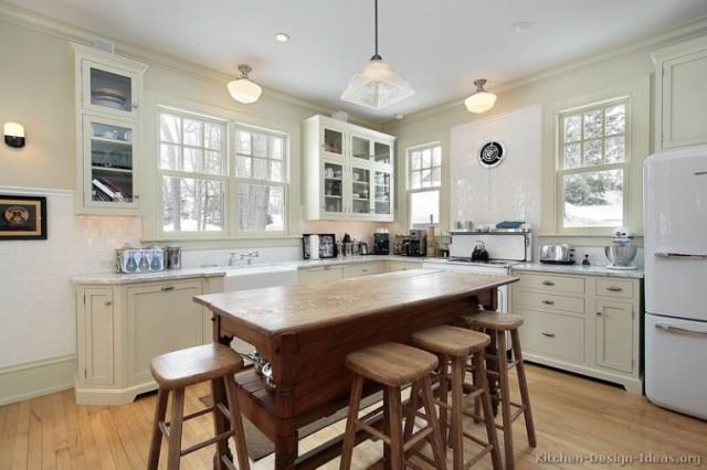 ideas-para-decorar-una-cocina-estilo-vintage-isla-taburetes-madera