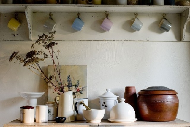 ideas-para-decorar-una-cocina-estilo-vintage-utensilios-de-ceramica