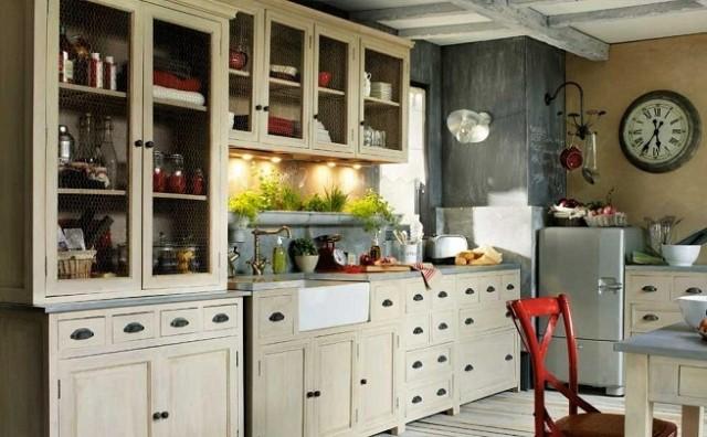 ideas-para-decorar-una-cocina-estilo-vintage-vitrina