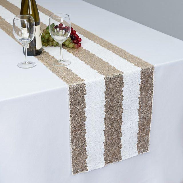 camino-de-mesa-con-estampado-rayas-blanco