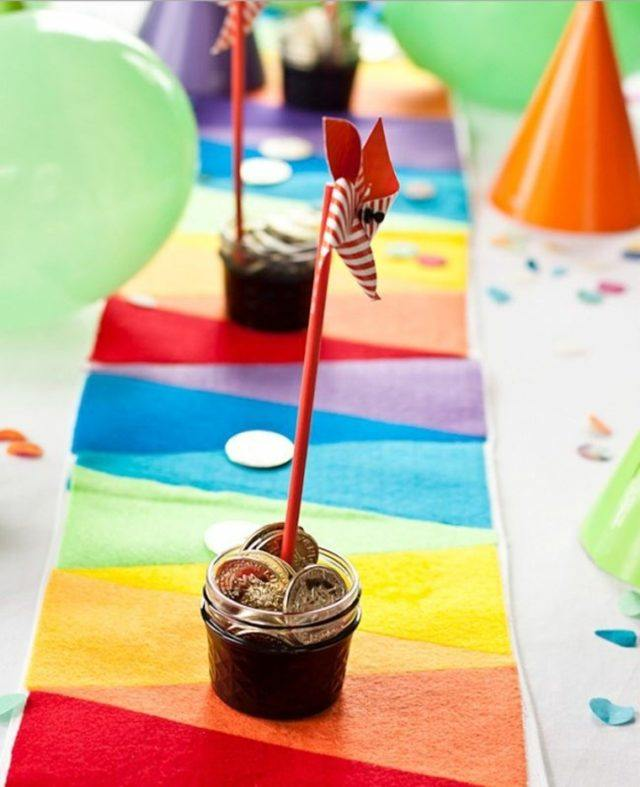 camino-de-mesa-de-colores-llamativos