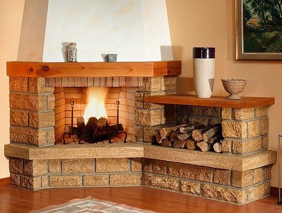 chimenea-rustica-con-repisa-de-madera