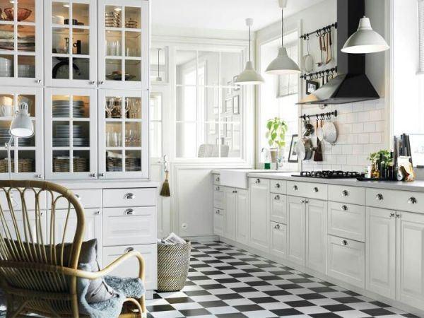M s de 100 fotos de decoraci n de cocinas blancas y grises for Cocinas rusticas ikea