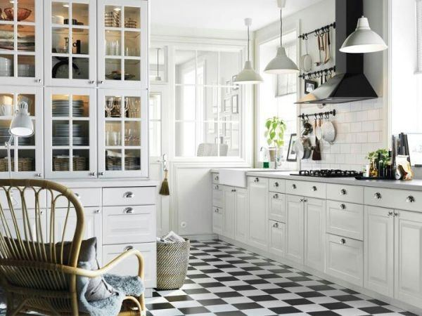 kitchens-white-spacious-and-bright-kitchen-white-floor-white-black