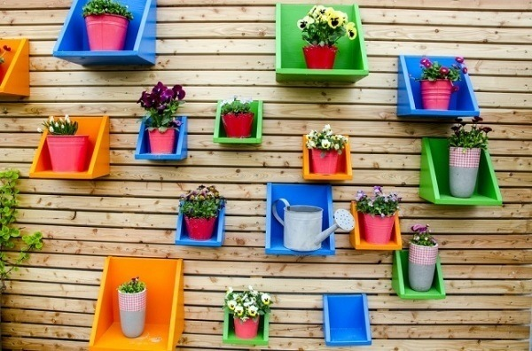 Garden-decoration-pictures-on-the-wall