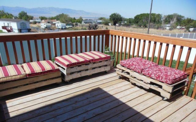 M s de 100 ideas de muebles hechos con palets reciclados for Sofa tela nautica