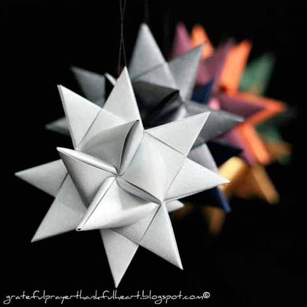 como-hacer-estrellas-de-navidad-cartulina