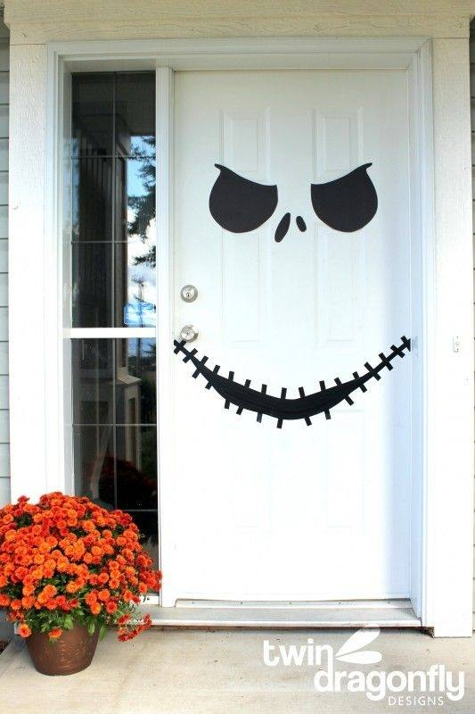 Decoraci n de halloween 2018 adornos halloween - Puertas decoradas halloween ...