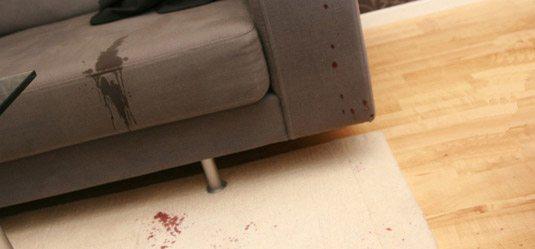 eliminar-manchas-de-sangre-sofa