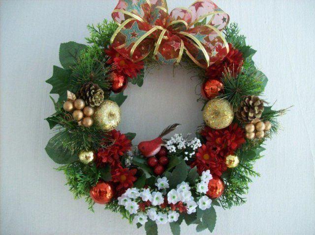 coronas-de-navidad-rojo-dorado