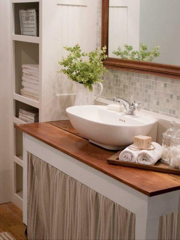 Fotos de ba os peque os modernos con ducha 2018 ideas for Como arreglar la regadera del bano