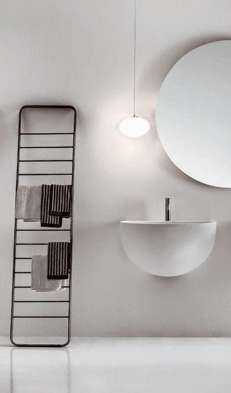 banos-minimalistas-elementos-escalera