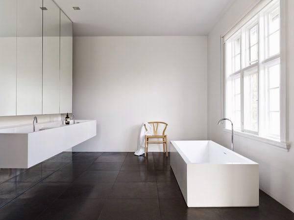 banos-minimalistas-elementos-silla