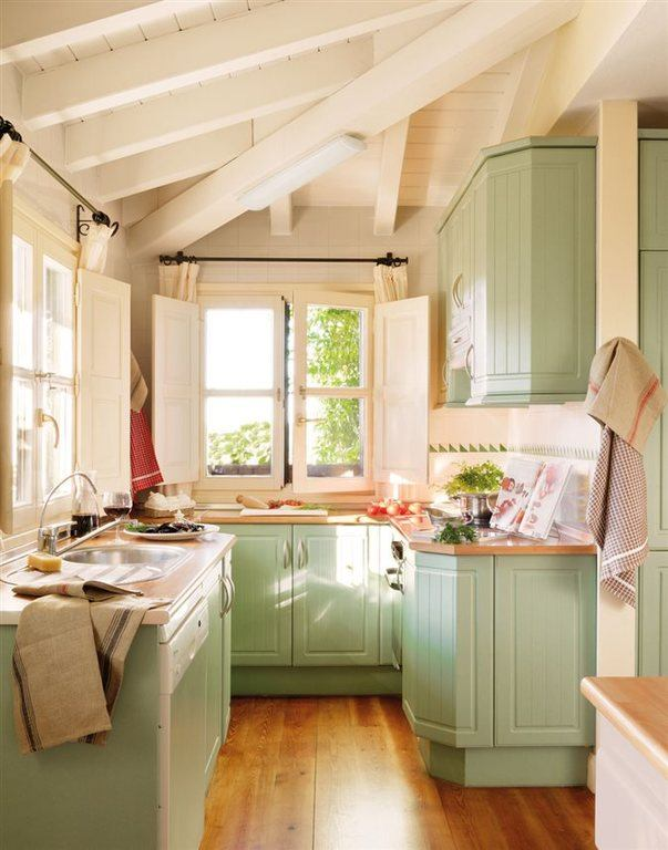 cocinas-empotradas-pequenas-madera