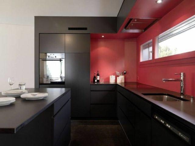 cocinas-negras-y-roja