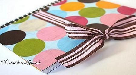 Decorar cuadernos con telas y cintas